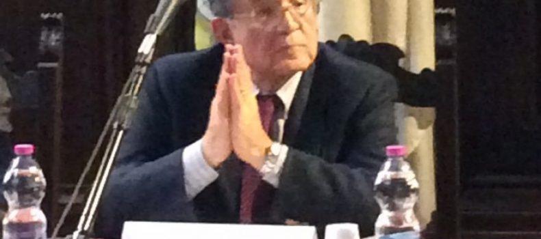 """""""Lei ha svenduto il nostro futuro, ci chieda scusa"""". Intervista alla studentessa bolognese intervenuta contro Prodi."""
