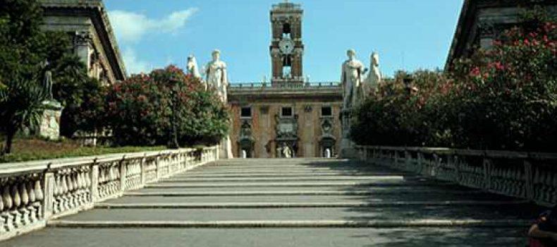 """Roma. La Raggi, consapevole o """"a sua insaputa"""", sta facendo seri danni – Contropiano"""