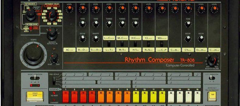 La Roland TR – 808: la drum machine che negli anni '80 rivoluziono' il modo di fare musica.