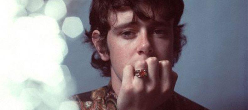 """10 maggio 1946: nasce Donovan, """"The British Bob Dylan"""" e poeta psichedelico dei sixties"""