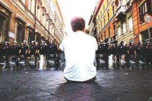 18 anni sono pochi per promettersi il futuro. Cosa rimane di Piazza Alimonda?