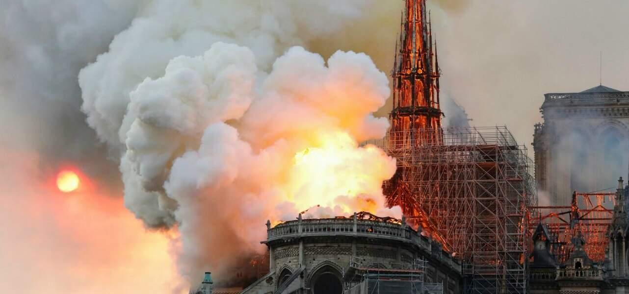 Bufale e fake news sull'incendio di Notre Dame: a L'Ottavo Giorno parla il noto debunker David Puente